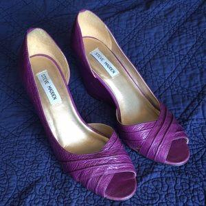 Steve Madden Purple Wedge Peep Toe Heels